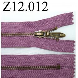 fermeture éclair longueur 12 cm couleur mauve  non séparable zip métal
