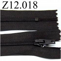 fermeture éclair longueur 12 cm couleur marron foncé  non séparable zip nylon