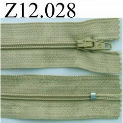 fermeture éclair longueur 12 cm couleur vert kaki clair non séparable zip nylon