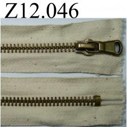 fermeture longueur 12 cm couleur écru  non séparable zip métal largeur 3,3 cm
