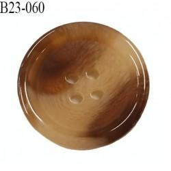 bouton 23 mm  pvc très haut de gamme couleur marron et corne  4 trous diamètre 23 millimètres