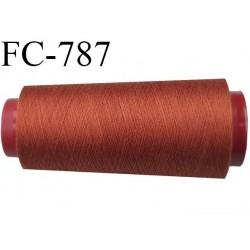 Cone de 5000 m fil polyester n° 120 couleur rouille  longueur de 5000 mètres bobiné en France