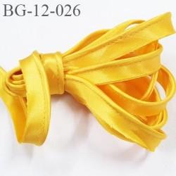 Galon passepoil 12 mm couleur jaune bouton d'or satin avec cordon intérieur coton 3 mm largeur 12 mm prix au mètre