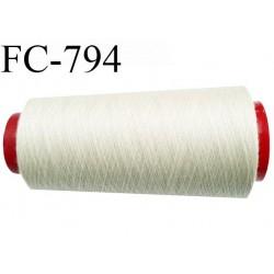 CONE 2000 m fil Polyester n° 120  crème sable ou écru longueur 2000 mètres fil européen bobiné en France certifié oeko tex