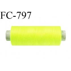 Bobine 500 m fil Polyester n° 120  couleur jaune fluo 500 mètres fil européen bobiné en Europe ou France certifié oeko tex
