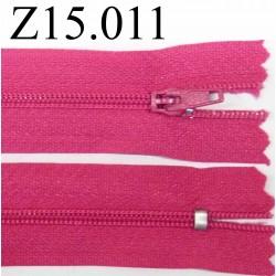 fermeture éclair longueur 13 cm couleur rose fushia  non séparable zip nylon largeur 2.5 cm