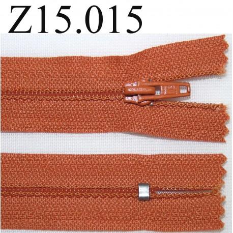 fermeture éclair  longueur 13 cm couleur orange foncé  non séparable zip nylon largeur 2.5 cm