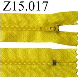 fermeture éclair longueur 15 cm couleur jaune  non séparable zip nylon largeur 2.5 cm