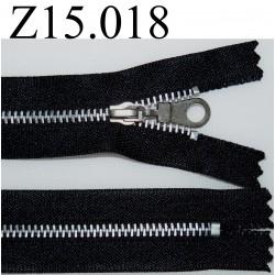 fermeture éclair longueur 15 cm couleur noir  non séparable zip métal largeur 2.5 cm