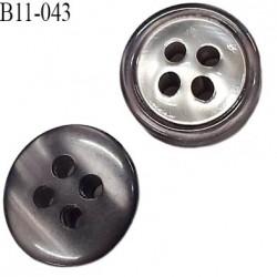 bouton 11 mm  pvc très haut gamme couleur gris marbré brillant et chromé nacré 4 trous épaisseur 3.8 mm diamètre 11 millimètres