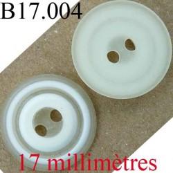 bouton 17 mm couleur blanc et ecru  2 trous diamètre 17 mm