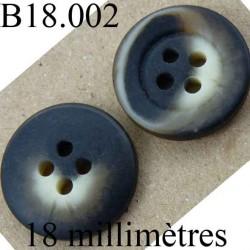 bouton 18 mm couleur marron foncé beige marbré 4 trous diamètre 18 mm