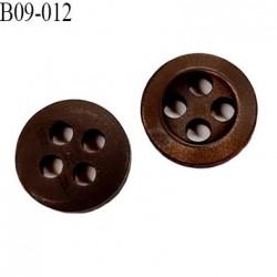 bouton 9 mm  pvc très haut de gamme bouton de grande marque couleur marron foncé 4 trous diamètre 9 millimètres
