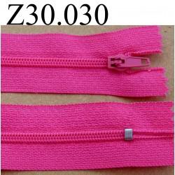 fermeture éclair  30 cm couleur rose fushia  zip nylon non séparable