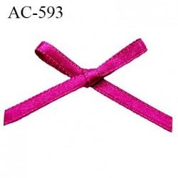 Noeud 30 mm lingerie couleur cyclamen haut de gamme largeur 30 mm hauteur 25 mm haut de gamme