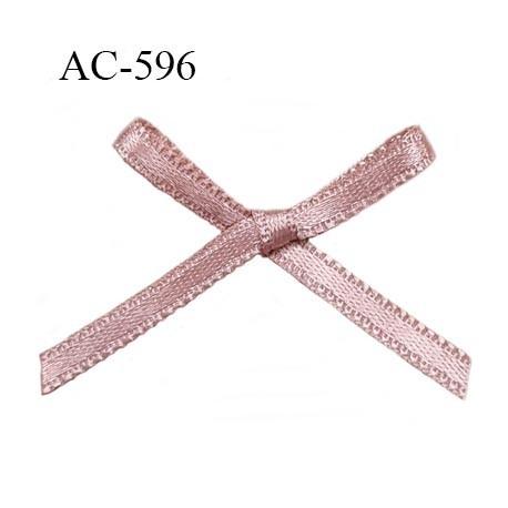 Noeud 27 mm lingerie couleur rosé chair haut de gamme largeur 27 mm hauteur 22 mm haut de gamme