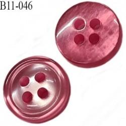 bouton 11 mm  pvc très haut gamme couleur rose brillant nacré 4 trous épaisseur 3.5 mm diamètre 11 millimètres