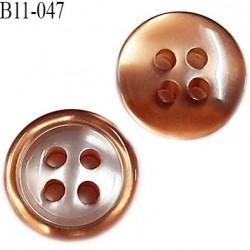 Bouton 11 mm pvc très haut de gamme couleur caramel brillant nacré 4 trous épaisseur 3.5 mm diamètre 11 millimètres