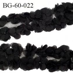 biais galon motif fleurs couleur noir largeur 60 mm largeur tulle 75 mm vendu au mètre