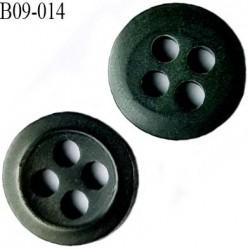 bouton 9 mm  pvc très haut de gamme bouton de grande marque couleur vert bouteille 4 trous diamètre 9 millimètres