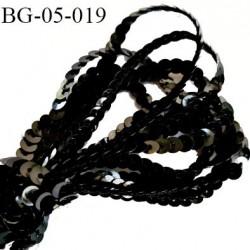 galon ruban sequin 5 mm   couleur noir très brillant largeur 6 mm prix au mètre