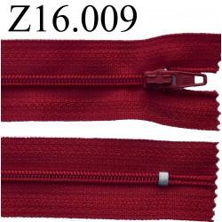 fermeture éclair longueur 16 cm couleur rouge bordeau non séparable zip nylon largeur 2.5 cm