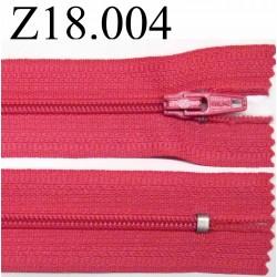 fermeture éclair longueur 18 cm couleur rose fushia non séparable zip nylon largeur 2.5 cm