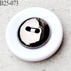 bouton 25 mm en pvc couleur chromé acier et blanc très beau 2 trous diamètre 25 millimètres épaisseur 7.5 mm