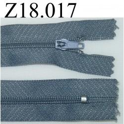 fermeture éclair longueur 18 cm couleur gris tirant sur le bleu non séparable zip nylon largeur 2.5 cm