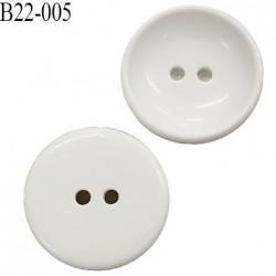 Bouton 22 mm en pvc 2 trous couleur blanc diamètre 22 mm épaisseur 5.2 mm prix à l'unité