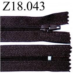 fermeture éclair  longueur 18 cm couleur marron non séparable zip nylon largeur 2.5 cm