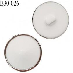 Bouton 30 mm très beau dôme en pvc couleur blanc et acier accroche avec un anneau diamètre 30 mm épaisseur 11 mm prix à l'unité