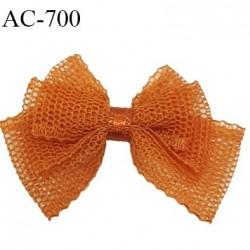 Noeud 40 mm lingerie haut de gamme couleur orange cuivré en mousseline et centre satiné largeur 28 mm hauteur 40 mm
