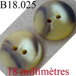 bouton 18 mm couleur marbré marron et beige façon corne 2 trous diamètre 18 mm