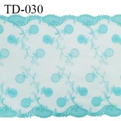 Dentelle broderie sur tulle 23 cm très haut de gamme largeur 23 cm couleur bleu horizon très belle prix pour 10 cm