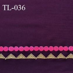 Tissu lycra 33 cm élasthanne spécial lingerie et maillot de bain couleur aubergine avec bande brodée prix pour 10 cm