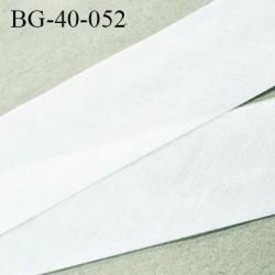 Biais à plat 40 mm à plier couleur blanc composition 65% polyester et 35 % coton largeur 40 mm prix au mètre