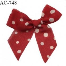 Noeud lingerie et ornement 8.5 cm en tissu crêpe couleur rouge à pois écru haut de gamme prix à l'unité