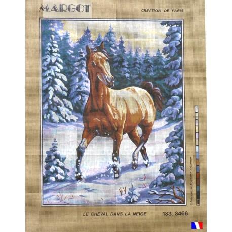 Canevas à broder 50 x 65 cm marque MARGOT création de Paris le cheval dans la neige fabrication française