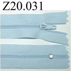 fermeture éclair  longueur 20 cm couleur bleu ciel non séparable zip nylon largeur 2.5 cm
