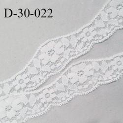 Dentelle 30 mm lycra extensible motifs fleurs couleur blanc largeur 30 mm prix au mètre