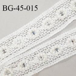 Galon crochet 45 mm en coton couleur écru avec perles et strass largeur 45 mm prix au mètre