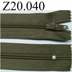 fermeture éclair verte longueur 20 cm couleur vert kaki non séparable zip nylon largeur 2.5 cm