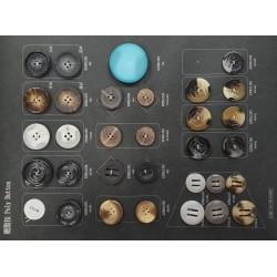 Plaque de 31 boutons pour création unique le plus gros diamètre 44 mm le plus petit diamètre 23 mm prix pour la plaque entière