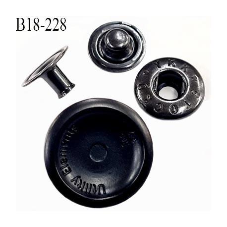 Bouton pression 18 mm très haut de gamme siglé en métal avec une gorge sur le pourtour diamètre 18 mm couleur acier anthracite
