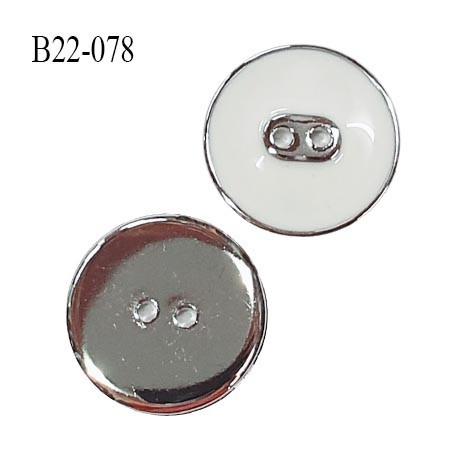 Bouton 22 mm en pvc couleur chrome acier et blanc très beau 2 trous diamètre 22 mm épaisseur 3.5 mm prix à l'unité