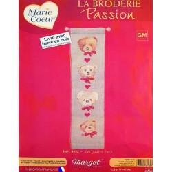 kit broderieLES QUATRE OURS Margot création de Paris MARIE COEUR tableau point de croix