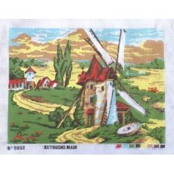 Canevas à broder 50 x 60 cm  thème LE MOULIN retouché main