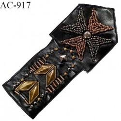 Ornement applique écusson à coudre couleur noir effet cuir brodé de perles couleur laiton et bronze prix à l'unité