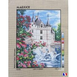 Canevas à broder 50 x 65 cm marque MARGOT création de Paris les cygnes fabrication française